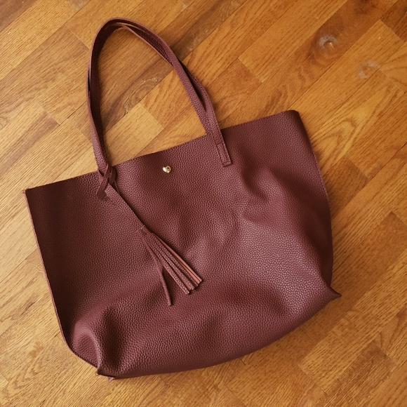 Handbags - Simple burgundy tote with fringe and snap closure